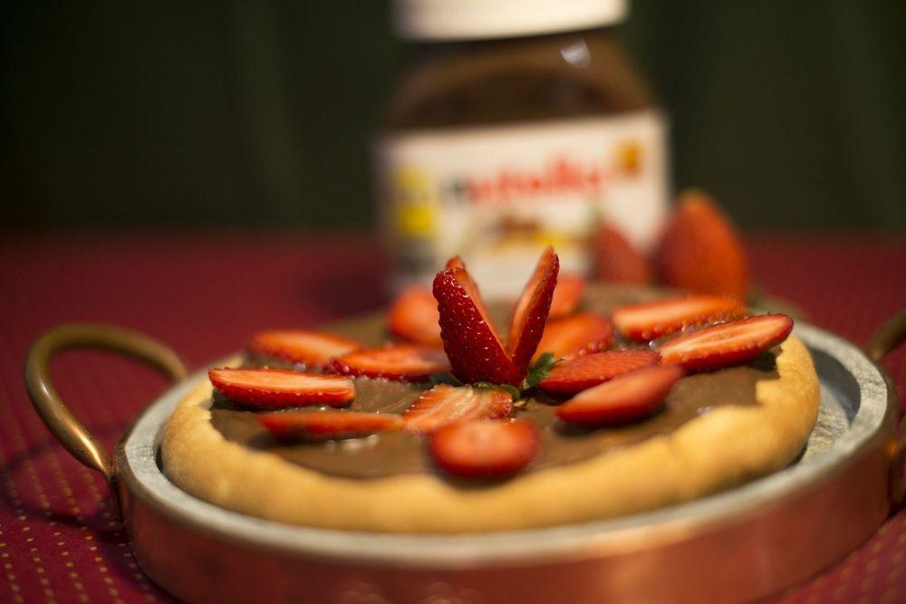 Pizza Broto Morango com Nutella