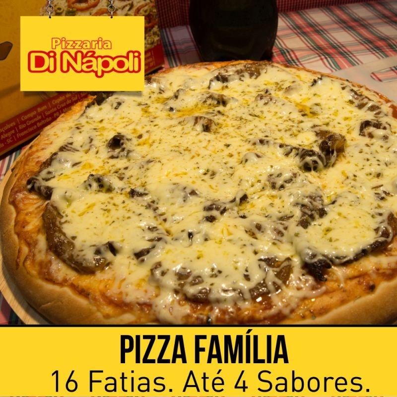 Pizza Família